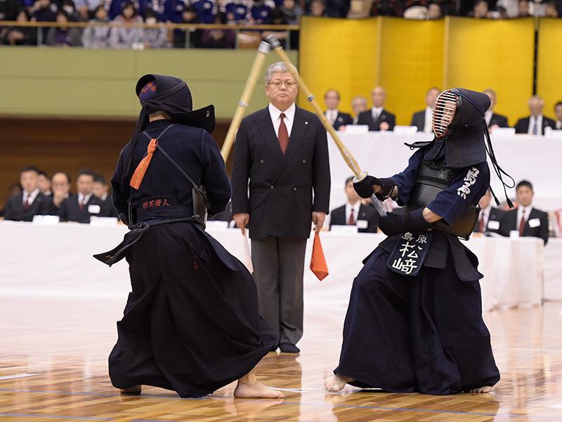 決勝 九州学院(熊本)×島原(長崎)九州学院が主導権を奪う