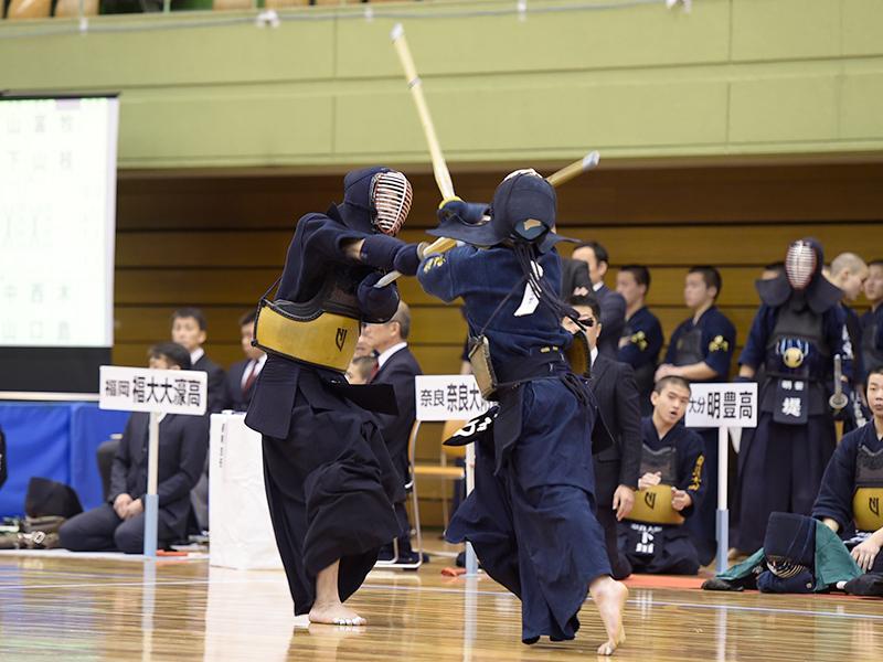 3回戦 育英(兵庫)×明豊(大分)代表戦開始1分で松澤がメンの連打