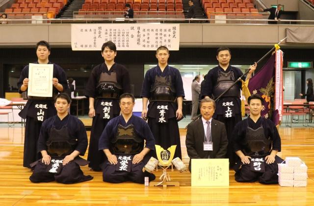 優勝を果たした北海道チーム