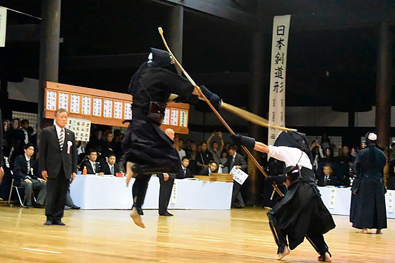 剣道と薙刀の対戦